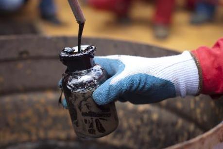 Giá dầu thế giới ngày 3/5 giảm phiên thứ ba liên tiếp