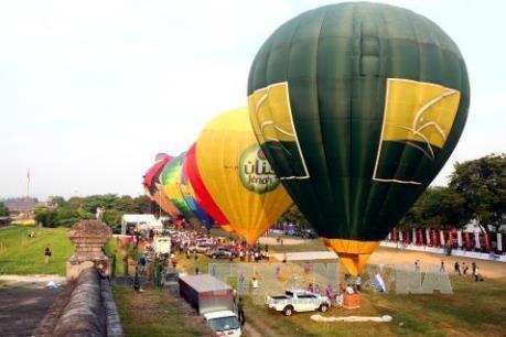 Festival Huế 2016: Tưng bừng ngày hội Khinh khí cầu quốc tế