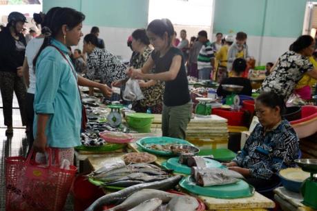 Đà Nẵng: Đưa hải sản vào bữa trưa của hơn 200 công chức