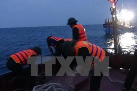 34 thuyền viên gặp nạn tại Hoàng Sa về đất liền an toàn