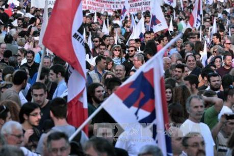 Người dân Hy Lạp biểu tình phản đối cải cách thuế và lương hưu