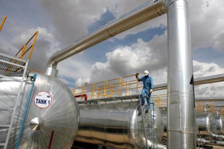 Giá dầu thế giới ngày 9/5 đảo chiều giảm mạnh