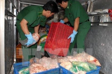Quảng Ninh bắt giữ trên 4 tấn thực phẩm không rõ nguồn gốc