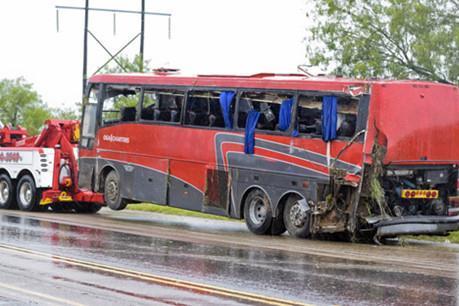 Tai nạn xe buýt nghiêm trọng tại Mỹ, hàng chục người thương vong