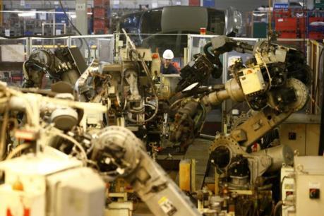 Ngành chế tạo tại Anh không thể tuyển được lao động lành nghề