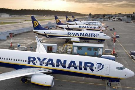 Một chuyến bay đến Manchester phải sơ tán vì nghi có bom