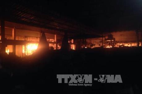 Huế: Cháy lớn ở chợ Điền Hải, tiểu thương trắng tay