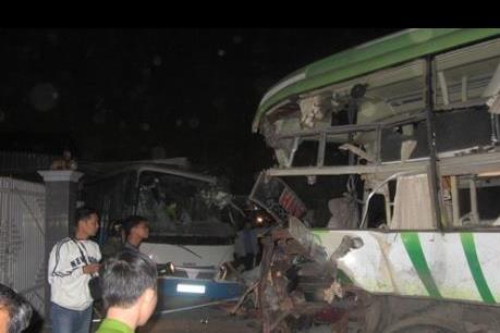 Tai nạn giao thông kinh hoàng tại Bình Thuận: Đã có 12 người tử vong, 21 người bị thương