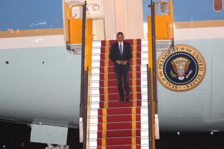 Tổng thống Obama bắt đầu chuyến thăm chính thức Việt Nam
