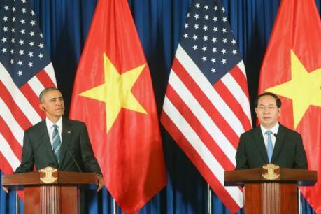 Hoa Kỳ dỡ bỏ hoàn toàn lệnh cấm bán vũ khí sát thương đối với Việt Nam