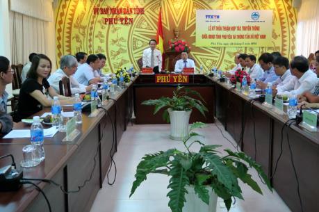 Thông tấn xã Việt Nam và Phú Yên ký thỏa thuận hợp tác thông tin