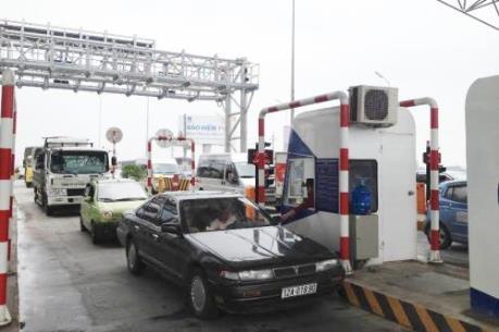 Cao tốc Hà Nội – Bắc Giang ùn ứ trong ngày đầu thu phí chính thức