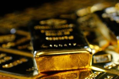 Giá vàng châu Á ngày 25/5 giảm xuống mức thấp nhất trong bảy tuần