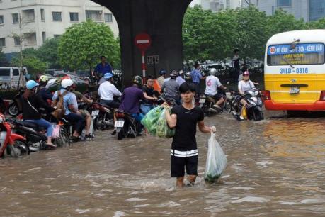 Hà Nội đề phòng ngập nặng khi tiếp tục mưa lớn
