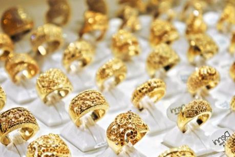 Giá vàng thế giới 25/5 rơi xuống đáy của 7 tuần