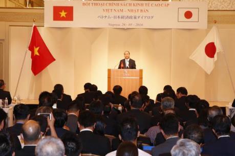 Thủ tướng hoan nghênh Nhật Bản mở cửa thị trường cho trái cây Việt Nam