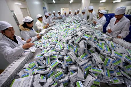 """Trung Quốc """"giữ chân"""" doanh nghiệp chế biến-xuất khẩu"""