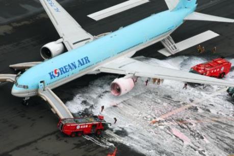 Cháy cánh máy bay Boeing của của hãng hàng không Korean Air