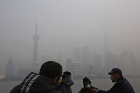 """EIB muốn """"bắt tay"""" với Trung Quốc trong chống biến đổi khí hậu"""