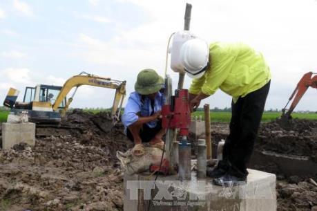 Về thông tin trụ móng cột điện lẫn đất: Đã có kết quả kiểm tra thực tế