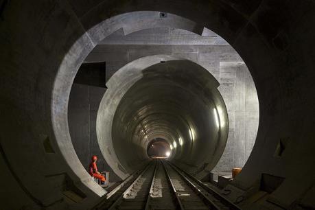 Thụy Sĩ sắp khánh thành đường hầm tàu hỏa dài nhất thế giới