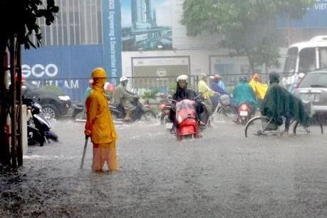 Ảnh hưởng của bão số 1: Ngập cục bộ một số khu vực ở Thủ đô