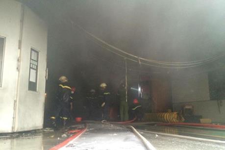 Cháy tại showroom ô tô Toyota Fukushima An Thành
