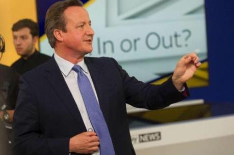 """Thủ tướng Anh thuyết phục người dân nói """"Không"""" với Brexit"""