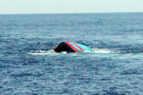 Thanh Hóa: Tìm thấy thi thể nạn nhân trong vụ lật tàu cá vỏ gỗ