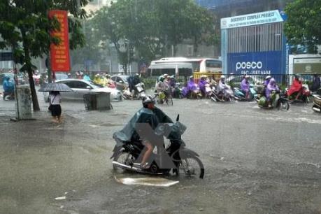 Dự báo thời tiết ngày và đêm nay: Vịnh Bắc Bộ mưa dông mạnh