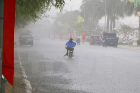 Bão số 2 suy yếu thành áp thấp tiếp tục gây mưa lớn diện rộng cho các khu vực Bắc Bộ