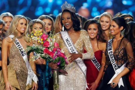 Nữ quân nhân đầu tiên đăng quang Hoa hậu Mỹ
