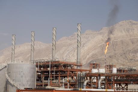 Xuất khẩu dầu thô của Iran sang thị trường châu Á tăng