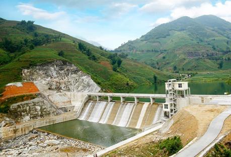 Khánh thành Nhà máy thủy điện Cốc San