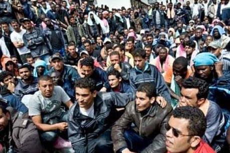 Hà Lan điều tra thông tin phần tử IS trà trộn vào dòng người nhập cư