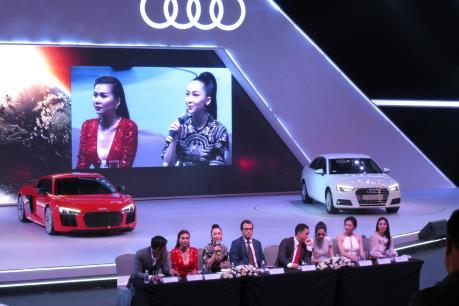 Audi ra mắt hai mẫu xe A4 và R8