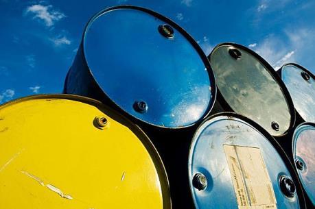 """Giá dầu khép phiên 9/6 """"hạ nhiệt"""" sau khi chạm đỉnh của 11 tháng"""