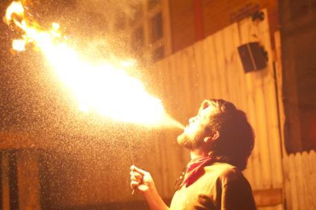 Đắk Lắk: 5 người trong một gia đình thương vong do bỏng xăng