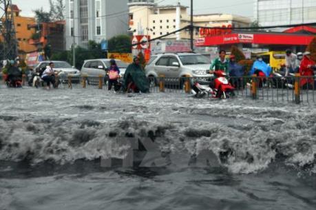 Tin bão số 1: Cảnh báo ngập lụt khu vực nội thành Hà Nội