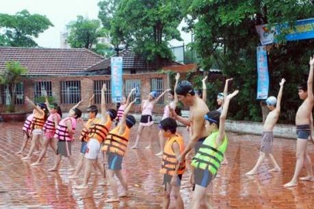 Kỳ nghỉ hè của học sinh Hà Nội đang dần bị đánh mất