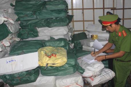 Vụ 30 tấn cá nục nhiễm Phenol: Lấy thêm mẫu để xét nghiệm