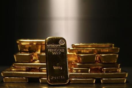 """Giá vàng châu Á ngày 13/6 chạm """"đỉnh"""" của gần 4 tuần"""