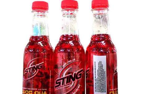 Sự thật về vụ 15 học sinh tử vong vì uống nước Sting