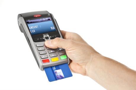Malaysia chuyển sang dùng mã PIN trong giao dịch tín dụng