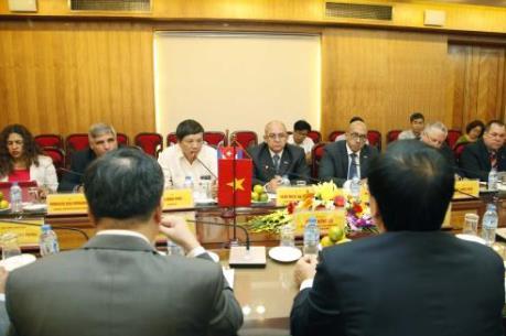Việt Nam – Cuba họp bàn xây dựng liên doanh sản xuất vật liệu xây dựng