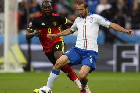 """Kinh tế Pháp """"bội thu"""" mùa EURO 2016"""