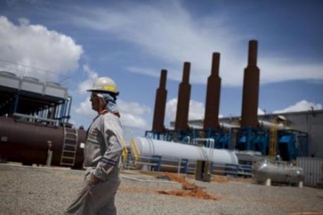 Iran tăng cường năng lực lọc dầu
