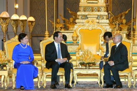 Quốc vương Sihamoni: Nhân dân Campuchia không quên sự giúp đỡ của Việt Nam