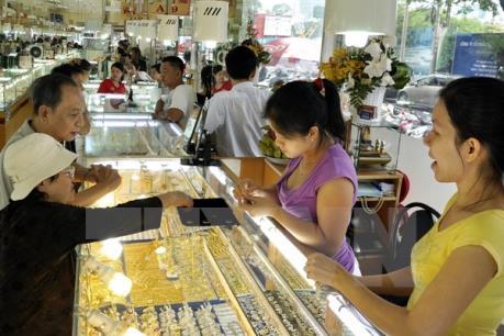 Giá vàng tăng thẳng đứng