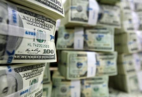 Đồng USD hạ giá sau khi FED giữ nguyên lãi suất